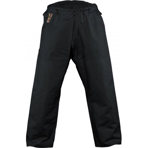 Kano hlače črne