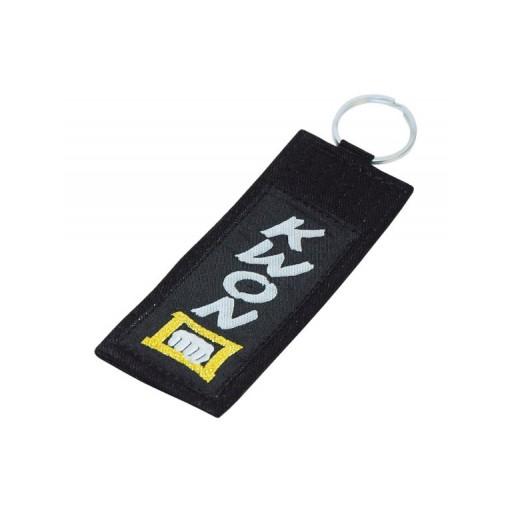 Obesek za ključe, pas Kwon